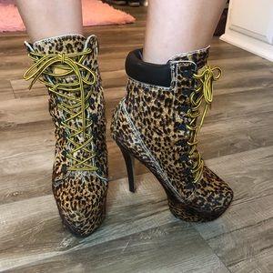Ziti girl booties